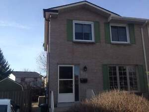 881 Beaconhill Court - 3 Bedroom House for Rent