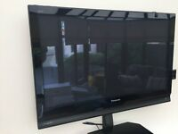Panasonic 42-inch Widescreen Freeview (Black Glass) For Sale