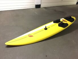 F2 Windsurfing board, 4 Neil Pryde sails, 1 Gaastra sail + boom, masts. Complete rig