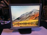 Samsung SyncMaster 17 inch LCD Monitor
