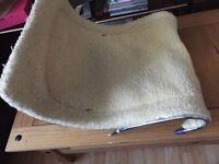 Cat radiator beds / cradles