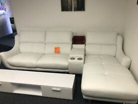 BRAND NEW WHITE LEATHER SUITE & SWIVEL CHAIR