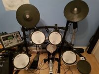 Roland TD 8 Electronic Drum Kit, mesh skins, mint condition
