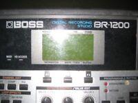 BOSS DIGITAL RECORDING STUDIO.