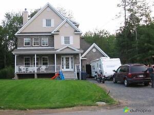 374 900$ - Maison 3 étages à vendre à St-Jérôme (Bellefeuil