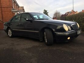 MERCEDES BENZ 2000 BLACK WITH BLACK LEATHER E320 CDI 73000 MILES