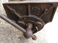 Record No 52.5 woodwork bench vice, quick release vgc, only £30