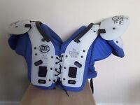 American football shoulder pads GTA Predator 2