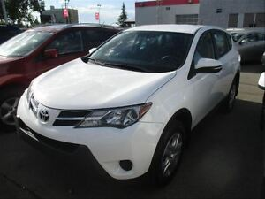 2014 Toyota RAV4 LE  AWD  Bluetooth  Cruise  PW  PL