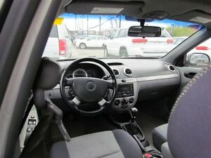 2007 Chevrolet Optra LT | ROOF| FRESH TRADE | AS IS London Ontario image 8