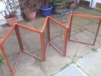 Puppy or pet pen