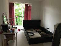 Double room to let in brand new apartment new furnish Heston
