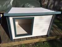 LIKE NEW: Rustic Lodge Style Eco Dog Kennel.