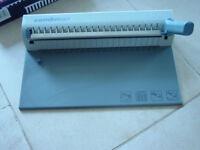 Combman file binding machine