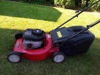 Briggs & stratton Self propeled Petrol lawn mower 148cc