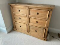 Mexican pine wood Chest of drawers