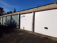 Garages to rent: Middle Close Newbury - perfect for storage/car