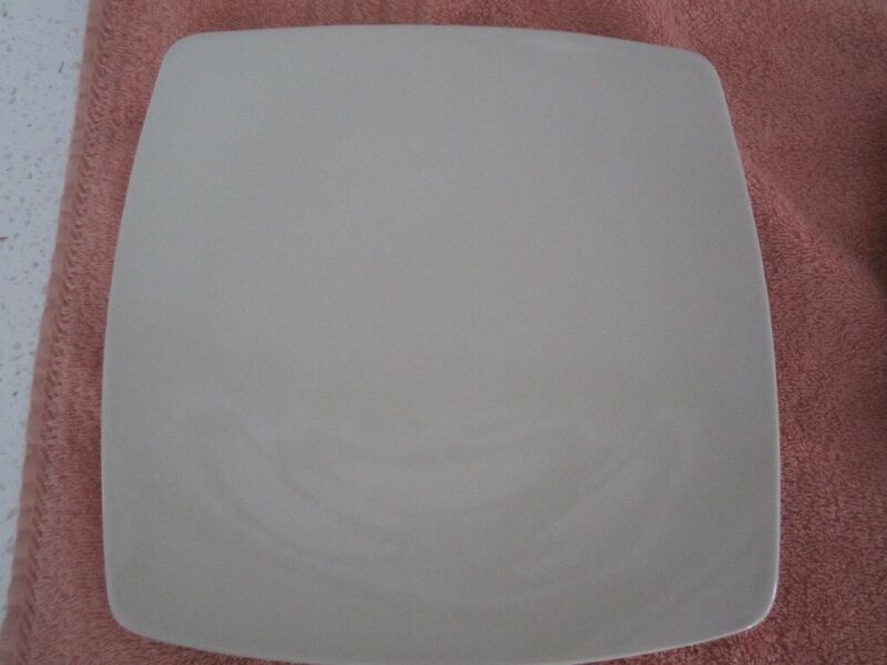 "M & S  ANDANTE DINNER PLATE.  IVORY COLOUR. 10""/25.5cm. SQUARE EXC COND., used for sale  Bournemouth, Dorset"