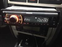 Phillips car stereo AUX USB IPod Bluetooth DAB