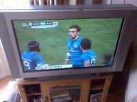 Large Sony TV in perfect working order, comes with remote control and digi box