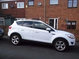 Ford Kuga 2.0 TDCi Titanium 4 x 4 5dr AWD *EXCELLENT CONDITION* White