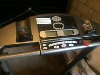 Horizon Fitness Electric folding Treadmill