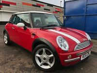 MINI Hatch 1.6 Cooper Full Service History 12 Months MOT Immaculate Condition 3 Owners 2 keys