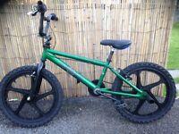 Boys diamond bmx bike