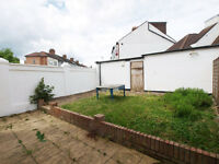 An end of terrace 4 bedroom house with private garden with modern fixtures and fittings in Haringey