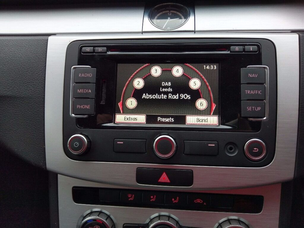 genuine volkswagen vw rns 315 dab sat nav bluetooth. Black Bedroom Furniture Sets. Home Design Ideas