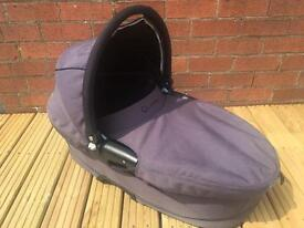 Quinny Carrycot (barely used)