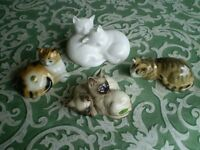 4 Lovely collectible cats including Beswick and Royal Doulton