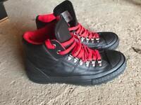 Black retro converse street hikers size 7