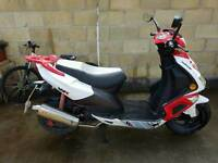 WK Wasp 125cc Scooter