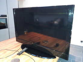 "TOSHIBA 40"" Digital TV"