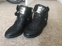 MK Black leather boots size 5