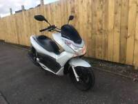 2013 HONDA PCX 125 SCOOTER WITH 5000 MILES AND 1 YEAR MOT
