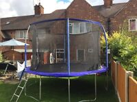12 ft trampoline with safety net