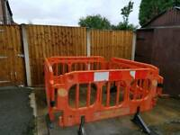 4× Groundwork safety barriers