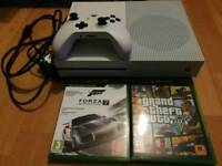 Xbox One S Console 500gb + 2 Games