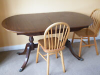 STRONGBOW VINTAGE ANTIQUE EXTENDING OLD OVAL SOLID DARK WOOD DINING TABLE