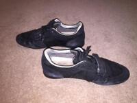 Louis Vuitton shoes for sale