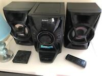Sony hi-fi with iPod dock excellent condition and sound