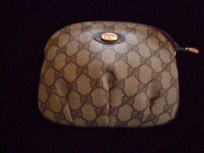 Authentic Vintage Gucci Cosmetic Bag Purchased mid 1980's. Excellent condition.