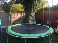 Trampoline 10 feet