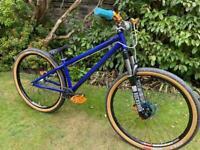saracen amplitude cr2 2017 dirt jump bike