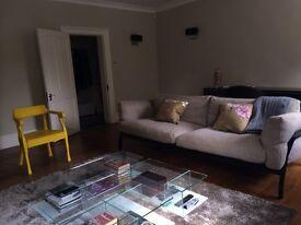 **Beautiful like new grey luxury CASSINA rug**