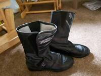 Motorcycle boots size 5