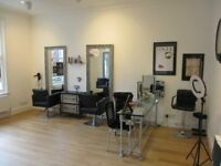 BEAUTY SALON: HALE: REF: 8989