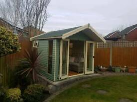 10x8 painted summerhouse / shed